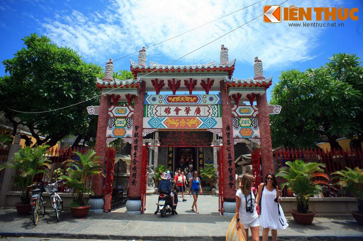 Kham pha hoi quan Quang Dong noi tieng cua Hoi An