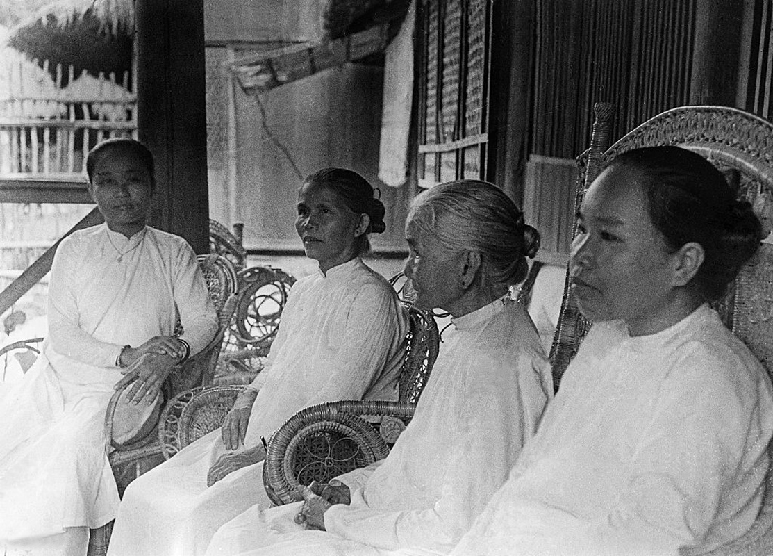 Anh doc ve dao Cao Dai o mien Nam nam 1930-Hinh-18