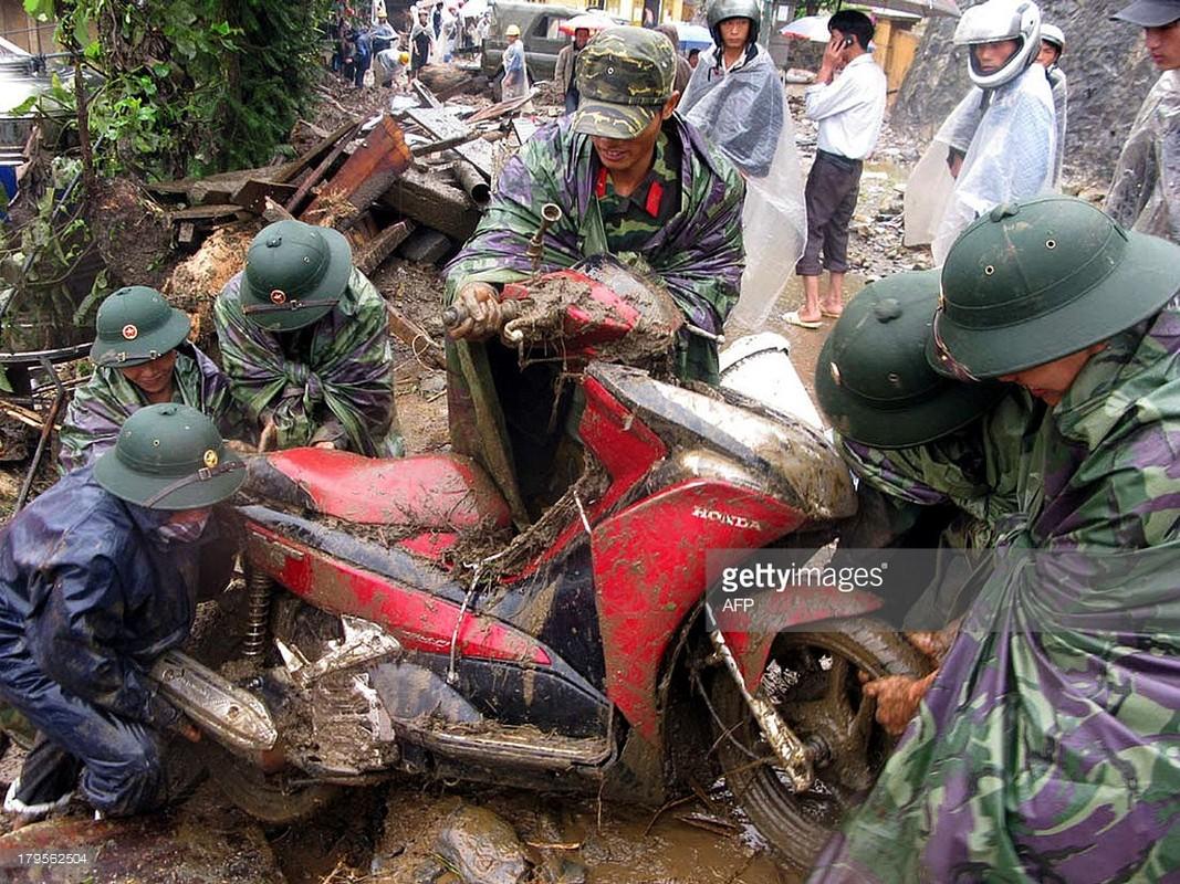 Anh thien tai o Viet Nam cua truyen thong quoc te-Hinh-11