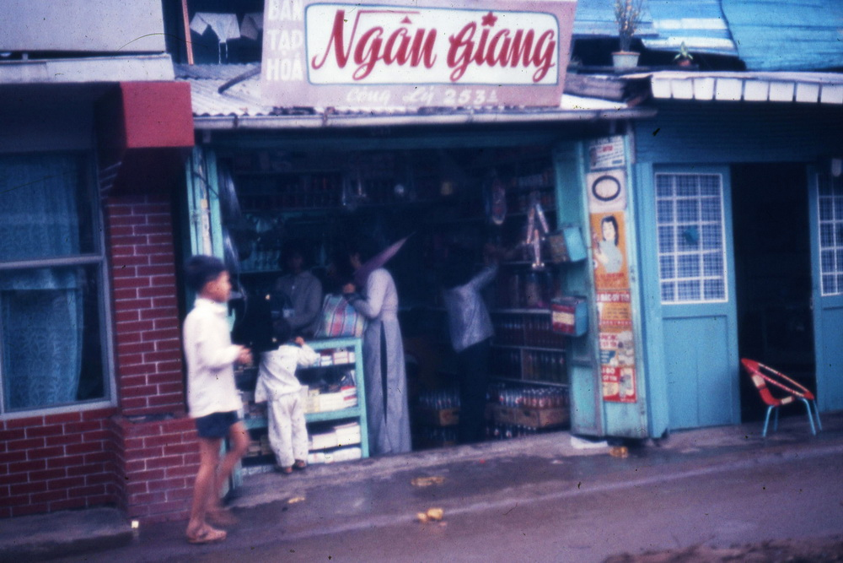 Sai Gon nam 1963 sac net trong anh cua Folklore Atelier-Hinh-8