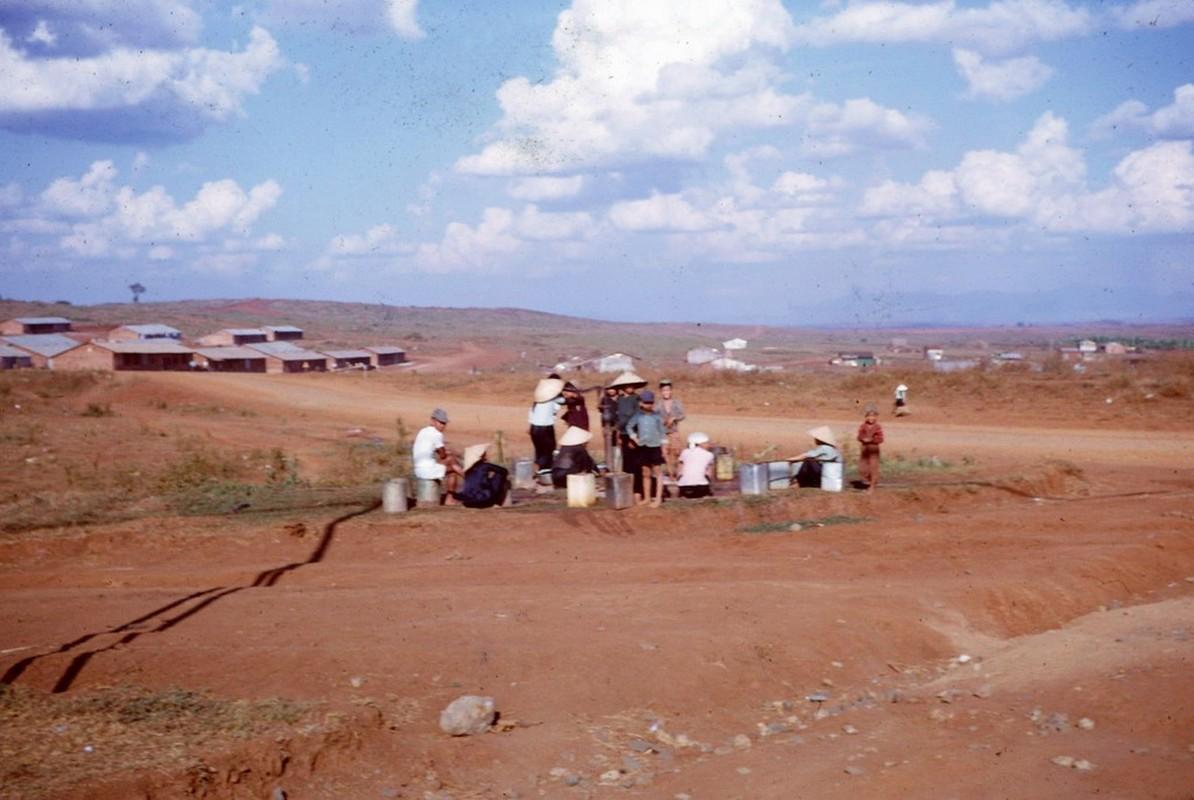 Thi xa Pleiku nam 1966 qua goc nhin linh My-Hinh-8