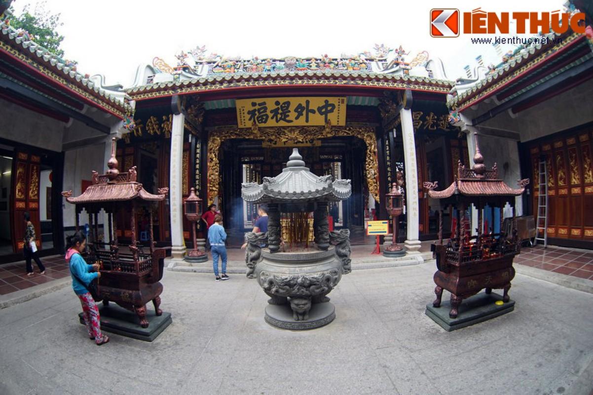 Ngam hoi quan cuc trang le cua nguoi Hoa Cho Lon-Hinh-11