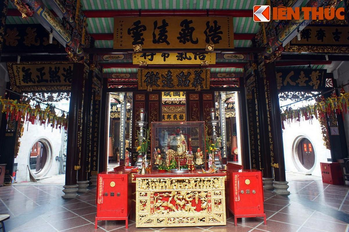 Ngam hoi quan cuc trang le cua nguoi Hoa Cho Lon-Hinh-12