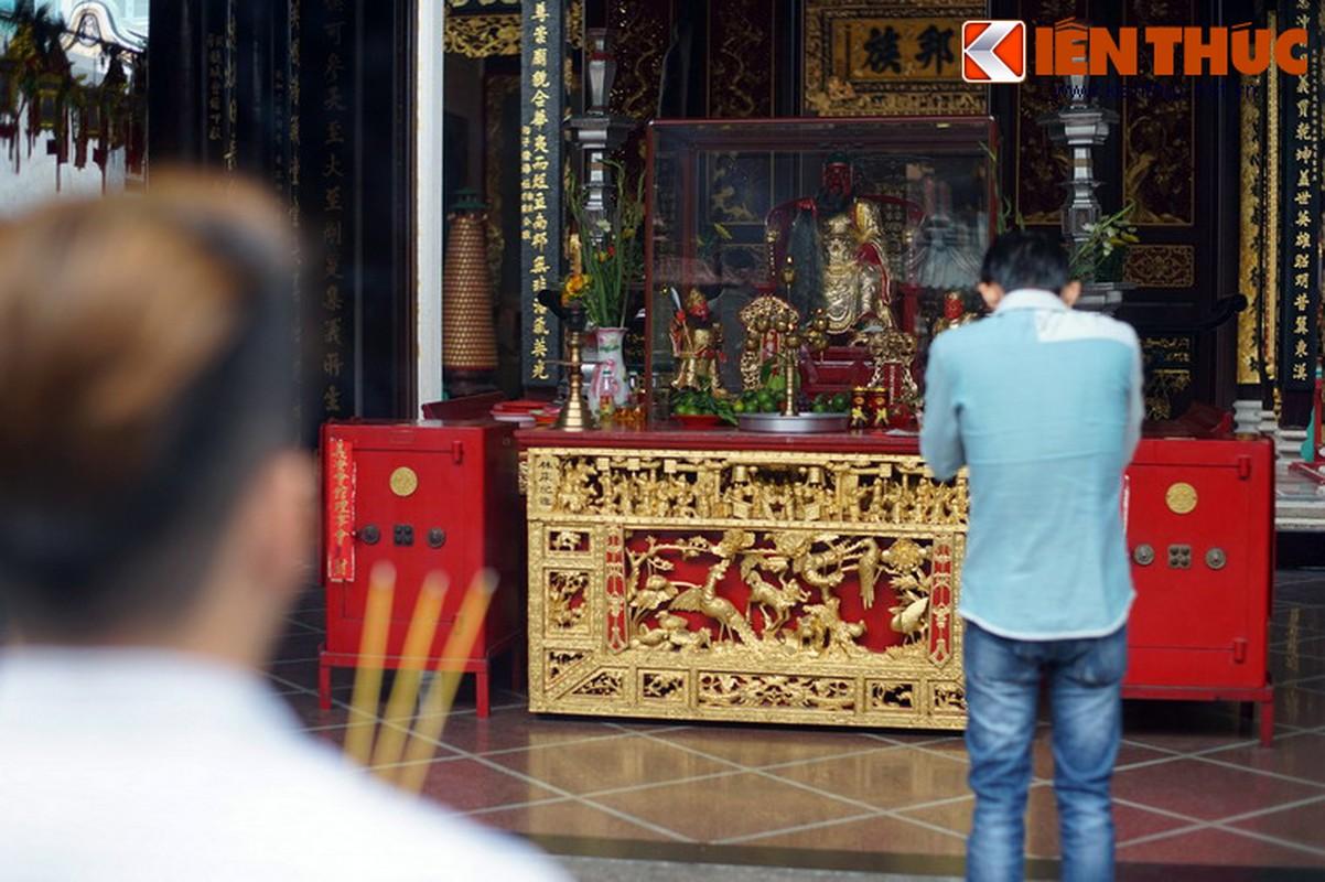 Ngam hoi quan cuc trang le cua nguoi Hoa Cho Lon-Hinh-30