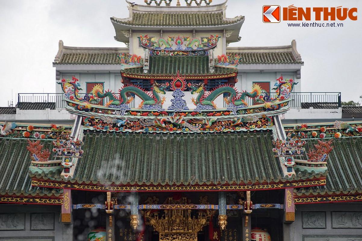Ngam hoi quan cuc trang le cua nguoi Hoa Cho Lon-Hinh-5