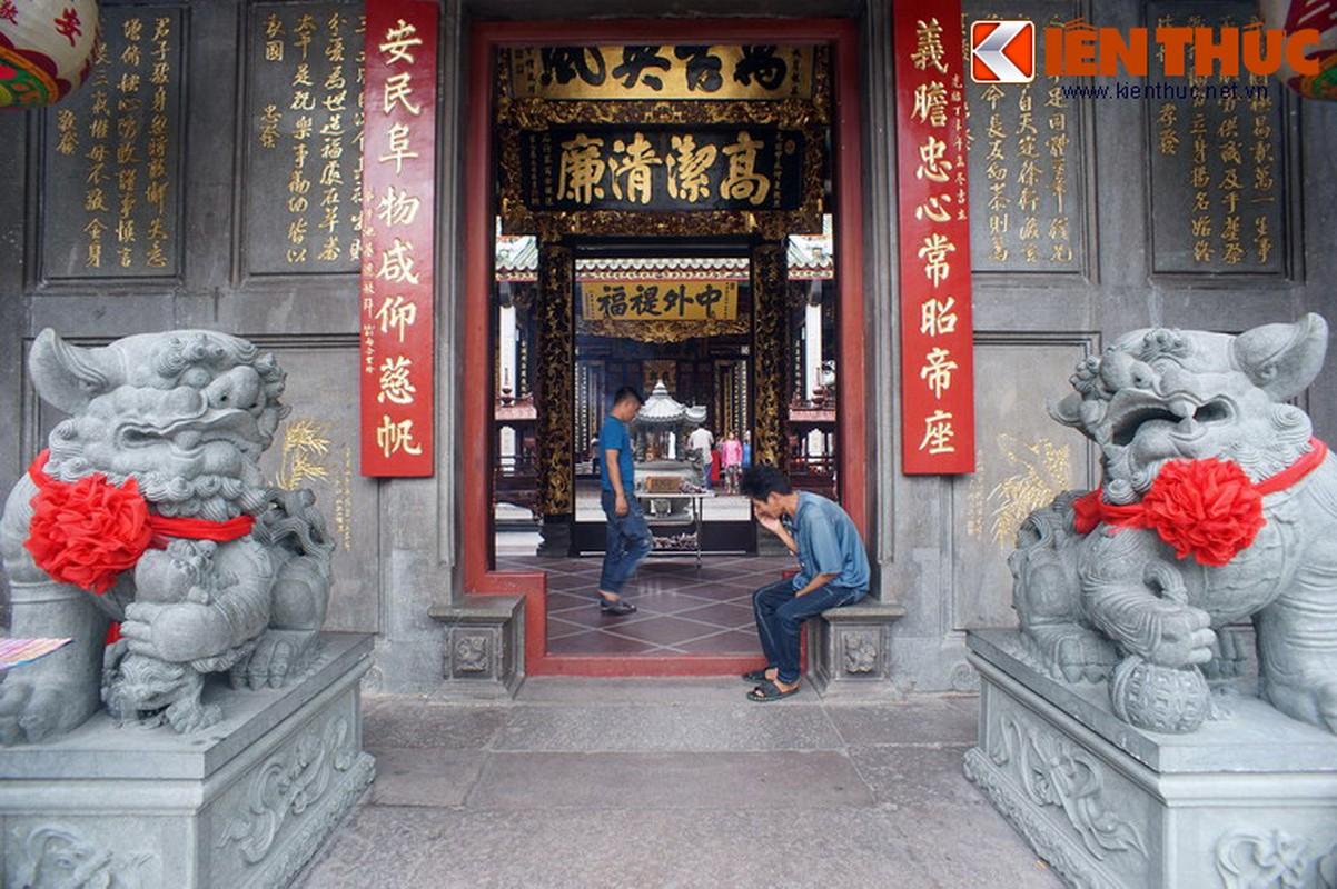 Ngam hoi quan cuc trang le cua nguoi Hoa Cho Lon-Hinh-7