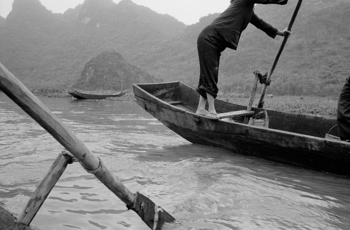 Canh tray hoi chua Huong nam 1990 qua ong kinh Tay-Hinh-2