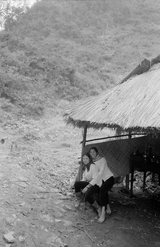 Canh tray hoi chua Huong nam 1990 qua ong kinh Tay-Hinh-8