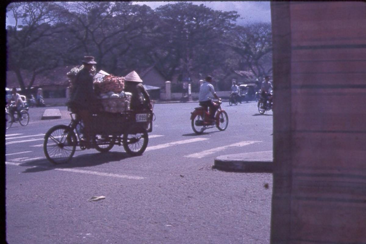 Sai Gon nam 1963 - 1964 trong anh cua Jack Waer (1)-Hinh-3