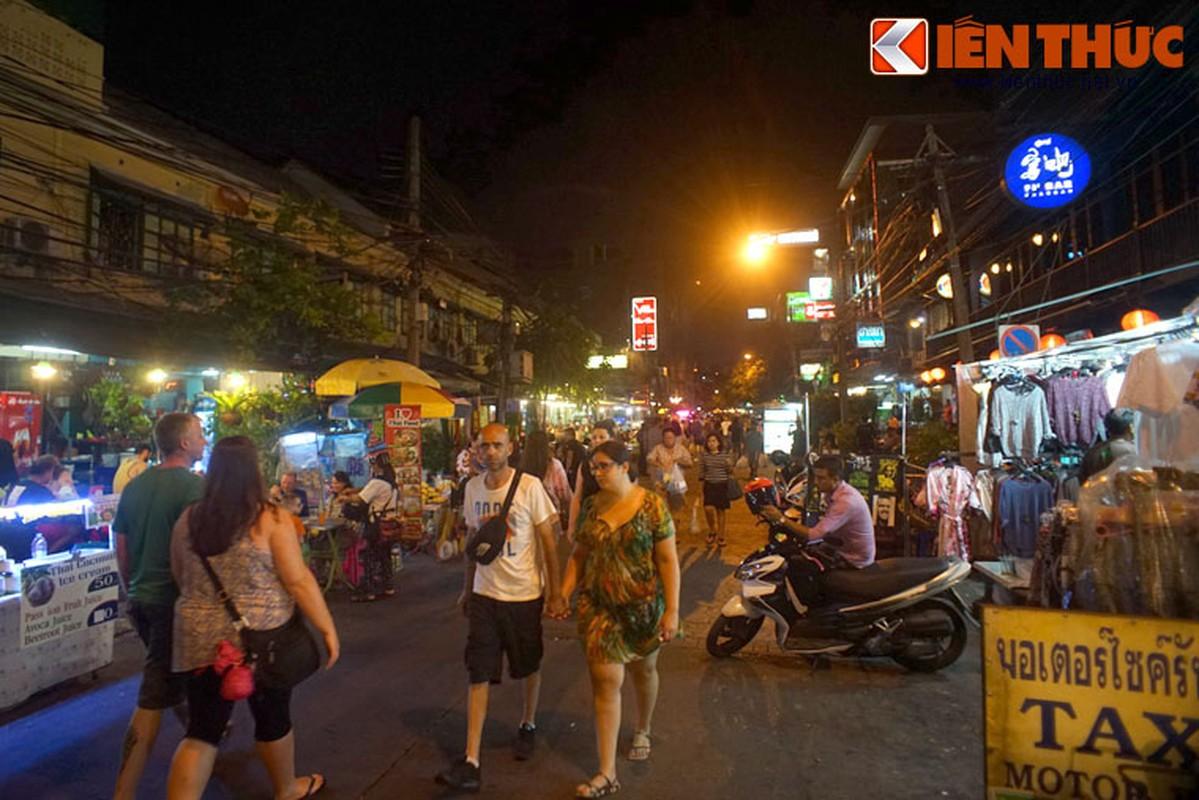 Nhung dieu chi co o pho hang rong lon nhat Bangkok-Hinh-10