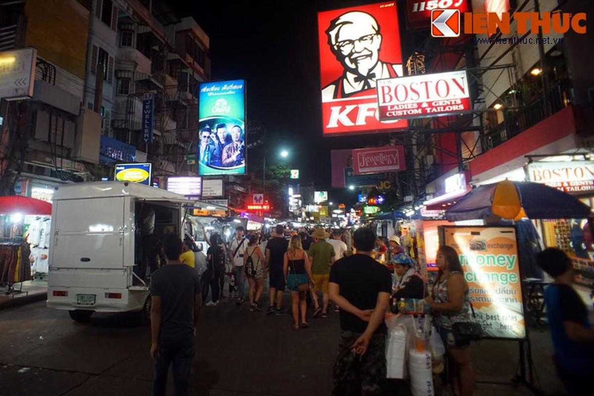 Nhung dieu chi co o pho hang rong lon nhat Bangkok-Hinh-3