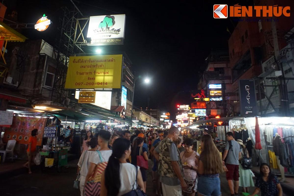 Nhung dieu chi co o pho hang rong lon nhat Bangkok-Hinh-4