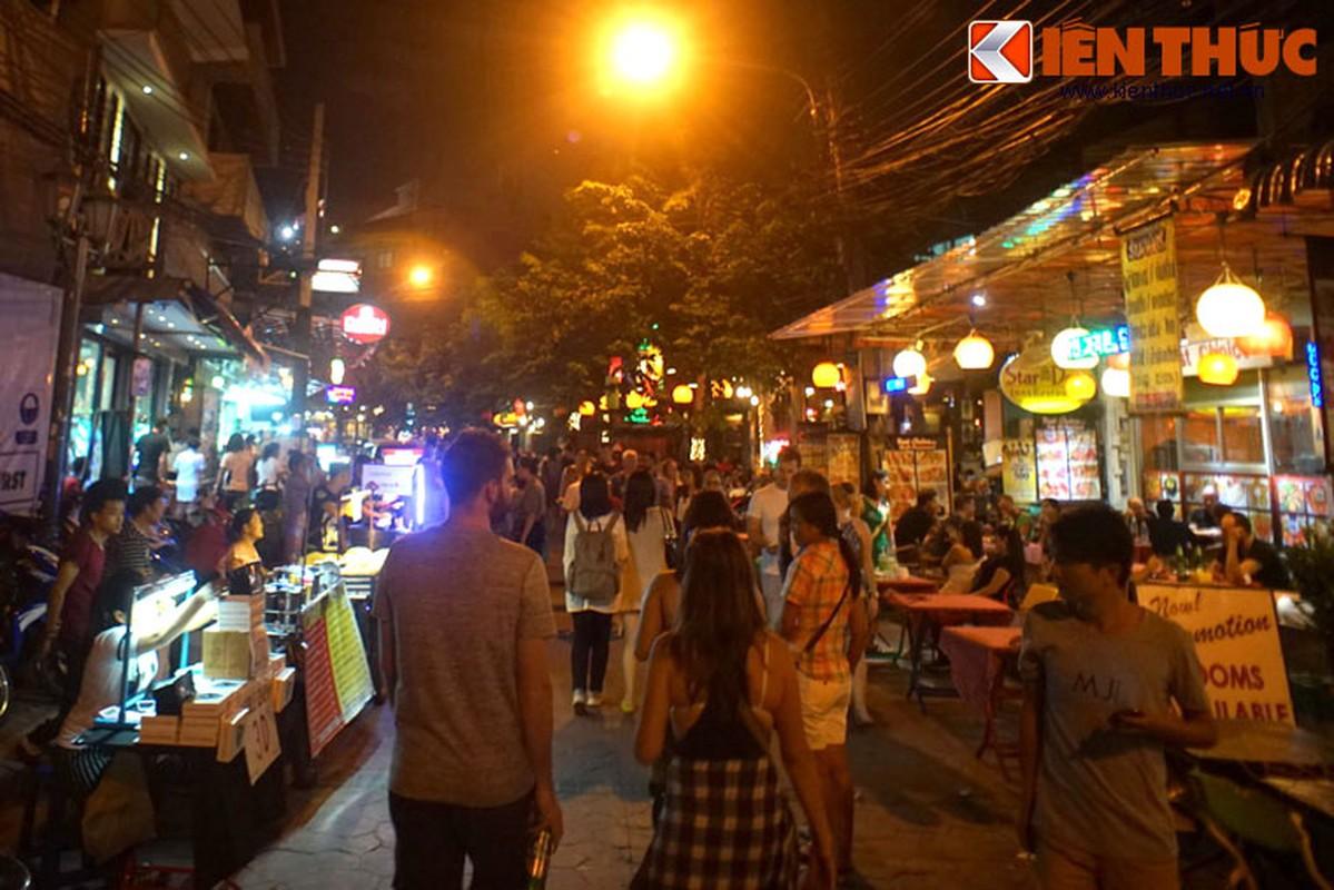 Nhung dieu chi co o pho hang rong lon nhat Bangkok-Hinh-8