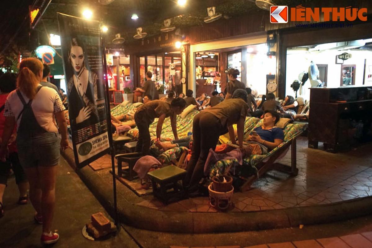 Nhung dieu chi co o pho hang rong lon nhat Bangkok-Hinh-9