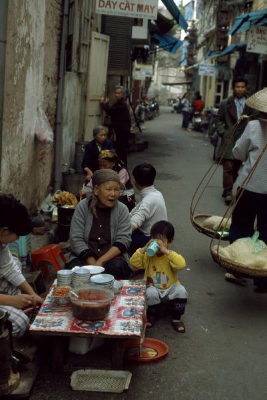 Viet Nam cuoi thap nien 1990 trong anh cua Hiroji Kubota (1)-Hinh-2