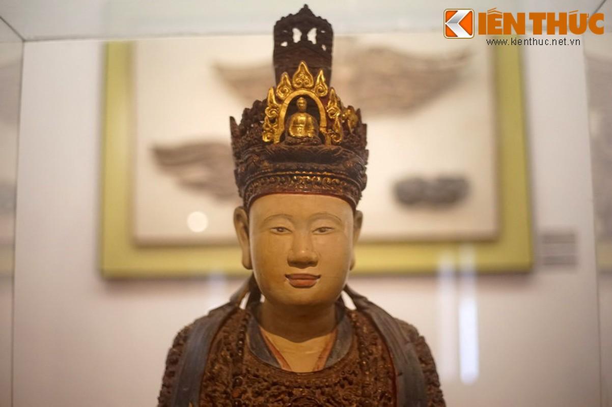 Ve dep Hoang hau Trinh Thi Ngoc Truc qua buc tuong 300 tuoi-Hinh-12
