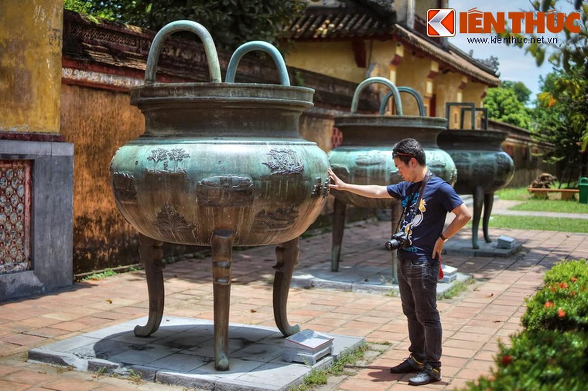 Ve trang le cua ngoi mieu tho cac vi vua nha Nguyen-Hinh-14
