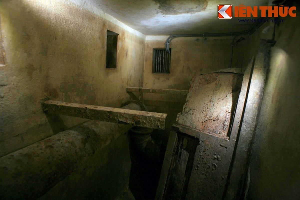 Soi can ham tru bom bi an trong khach san Metropole Ha Noi-Hinh-10