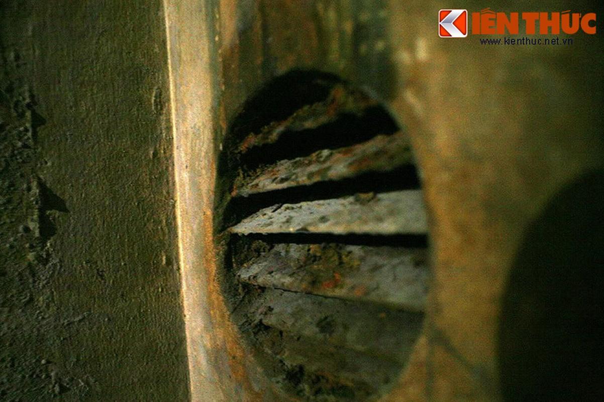 Soi can ham tru bom bi an trong khach san Metropole Ha Noi-Hinh-16