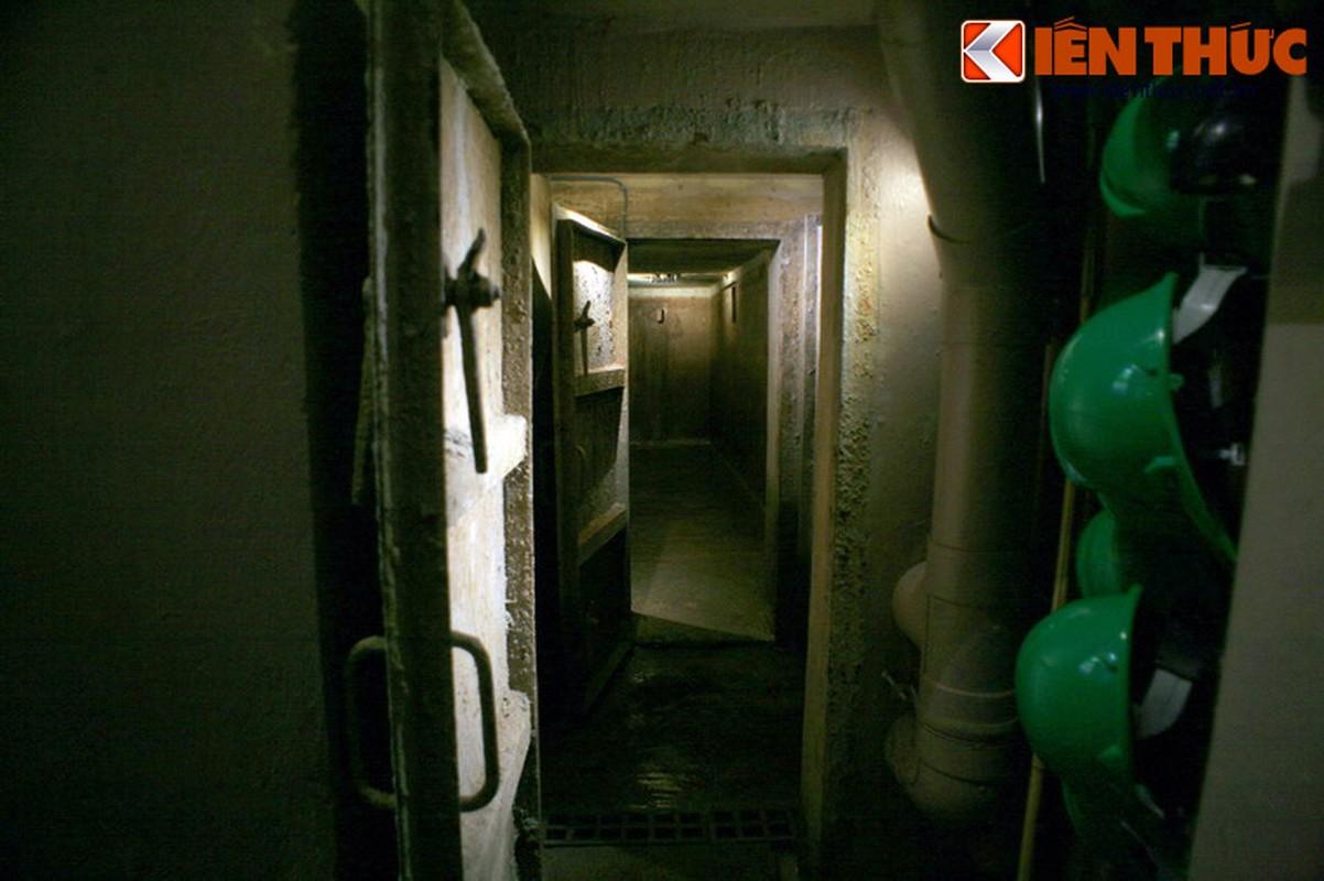 Soi can ham tru bom bi an trong khach san Metropole Ha Noi-Hinh-3