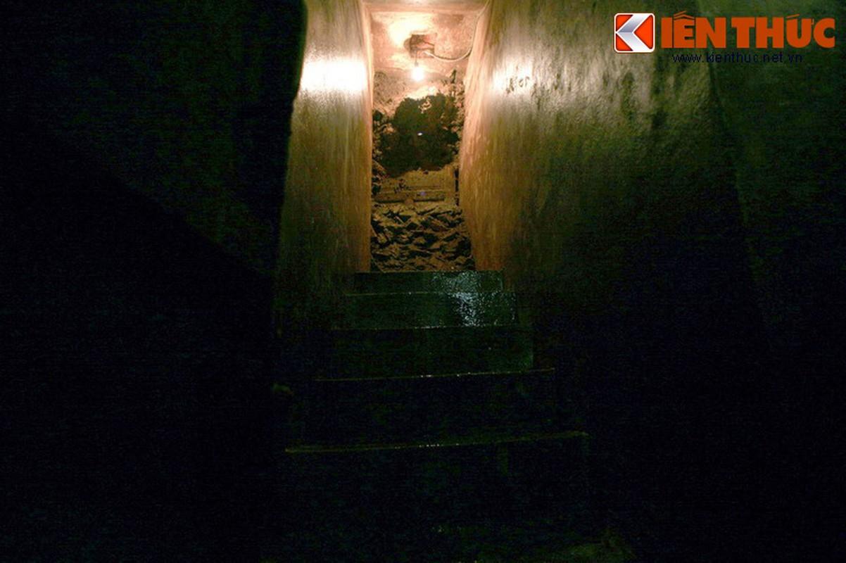 Soi can ham tru bom bi an trong khach san Metropole Ha Noi-Hinh-9