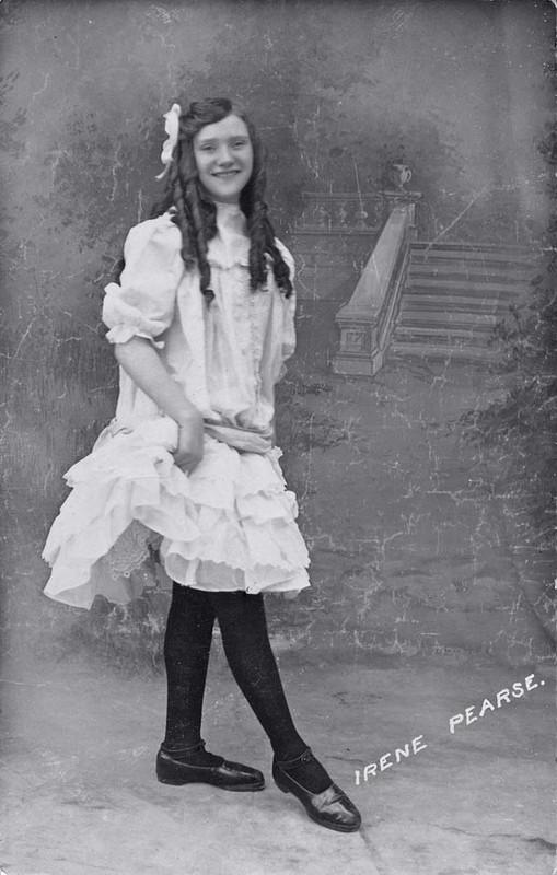 Ngat ngay ngam ve dep cua thieu nu chau Au thap nien 1910-Hinh-14