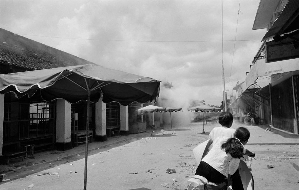 Chien tranh Viet Nam qua anh cua phong vien tu nan thang 4/1975-Hinh-2