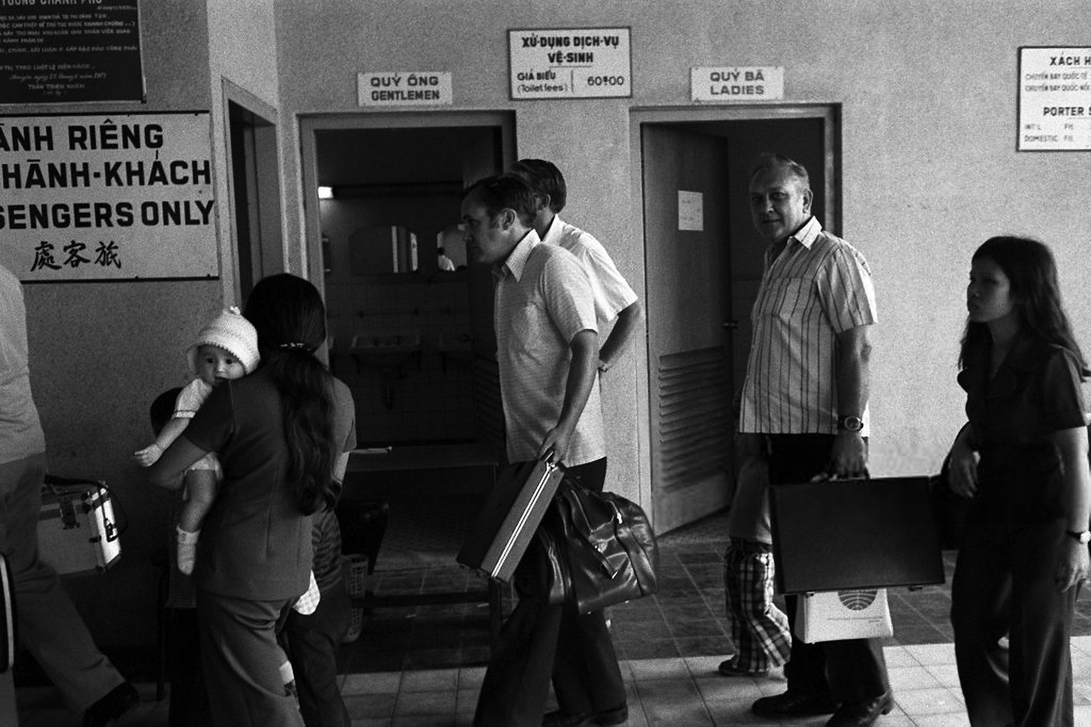 Chien tranh Viet Nam qua anh cua phong vien tu nan thang 4/1975-Hinh-5