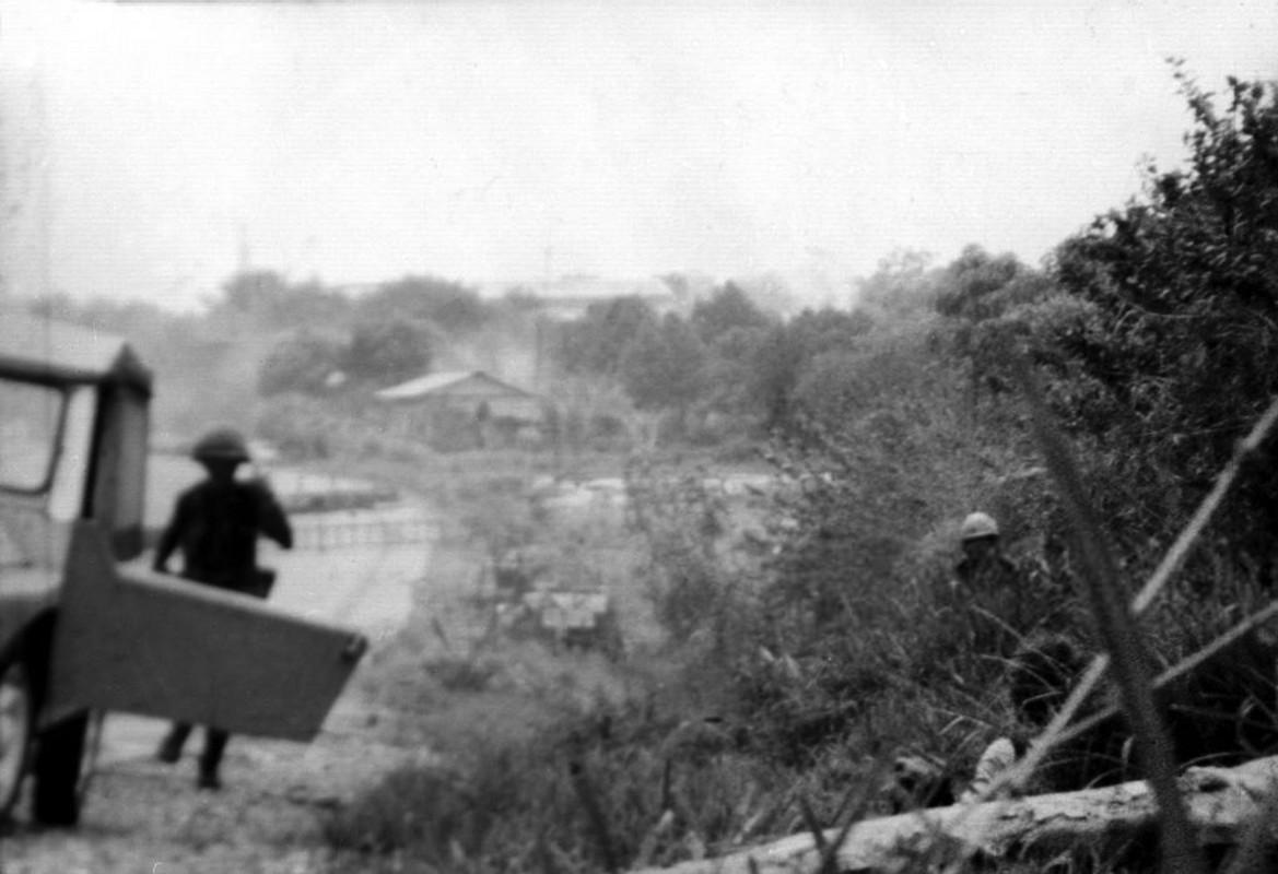 Chien tranh Viet Nam qua anh cua phong vien tu nan thang 4/1975-Hinh-7