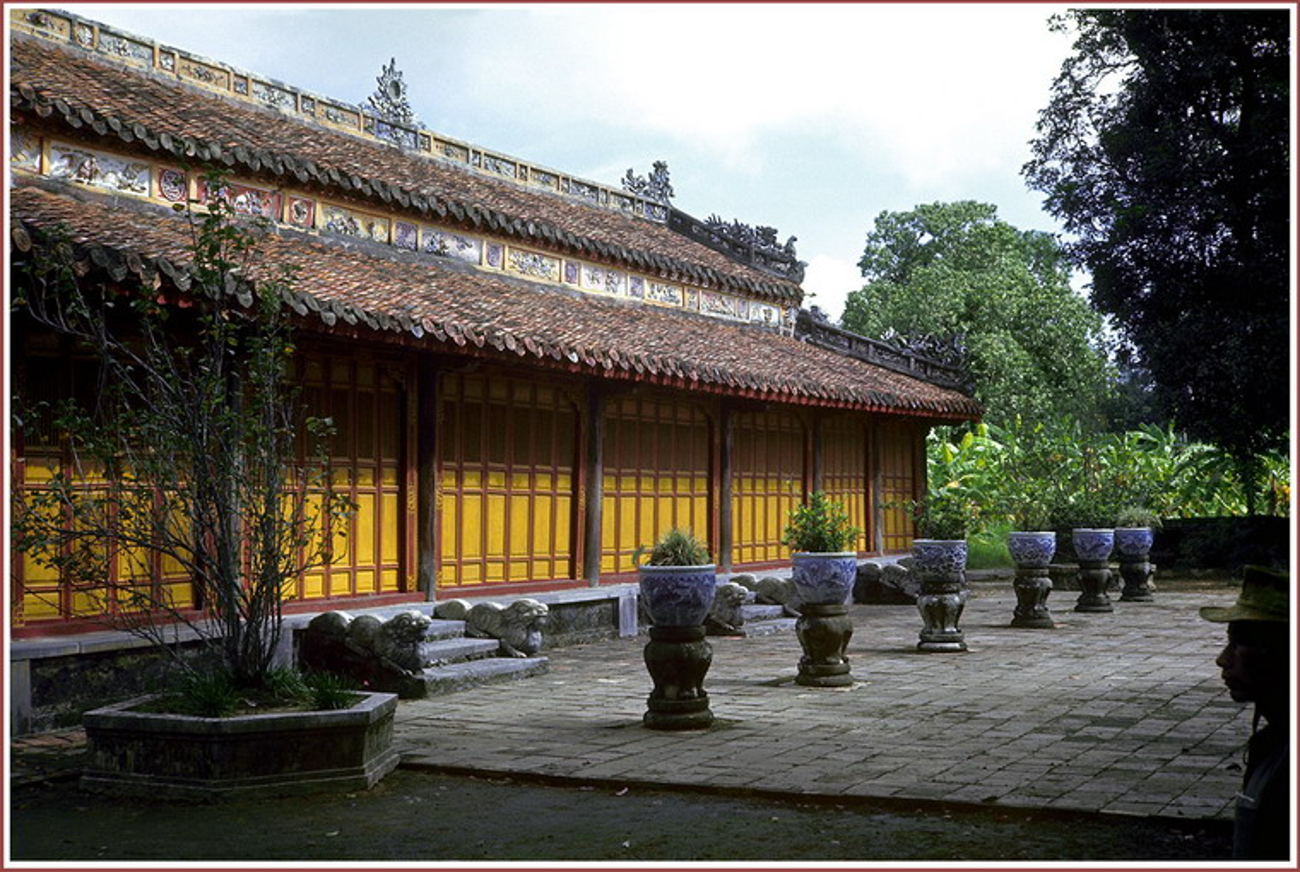 Xu Hue nam 1967 dep lang nguoi trong anh linh My-Hinh-11