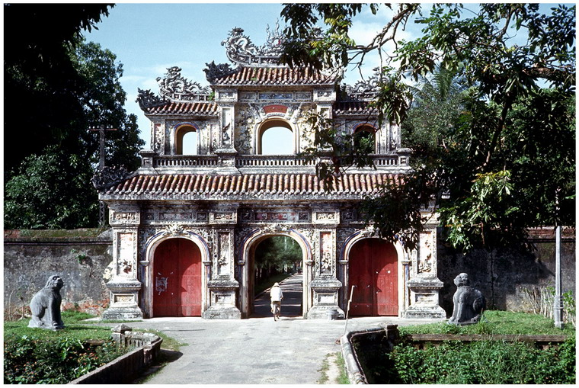 Xu Hue nam 1967 dep lang nguoi trong anh linh My-Hinh-9