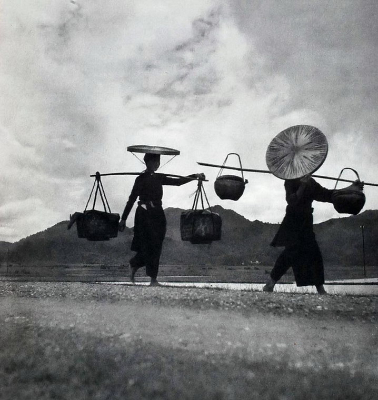 Anh chan dung tuyet dep cua nguoi Viet Nam nam 1951-Hinh-11