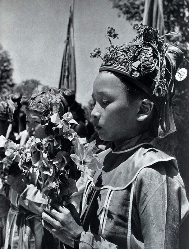 Anh chan dung tuyet dep cua nguoi Viet Nam nam 1951-Hinh-5