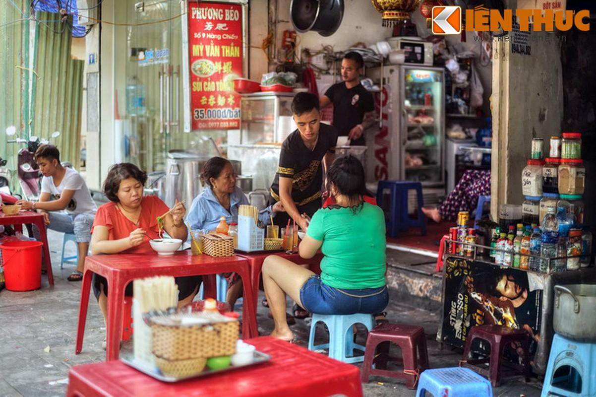 Pho nao o Ha Noi xua chuyen ban sung ong dan duoc?-Hinh-15
