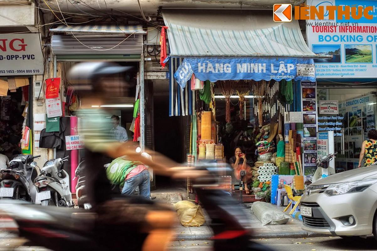 Pho nao o Ha Noi xua chuyen ban sung ong dan duoc?-Hinh-18