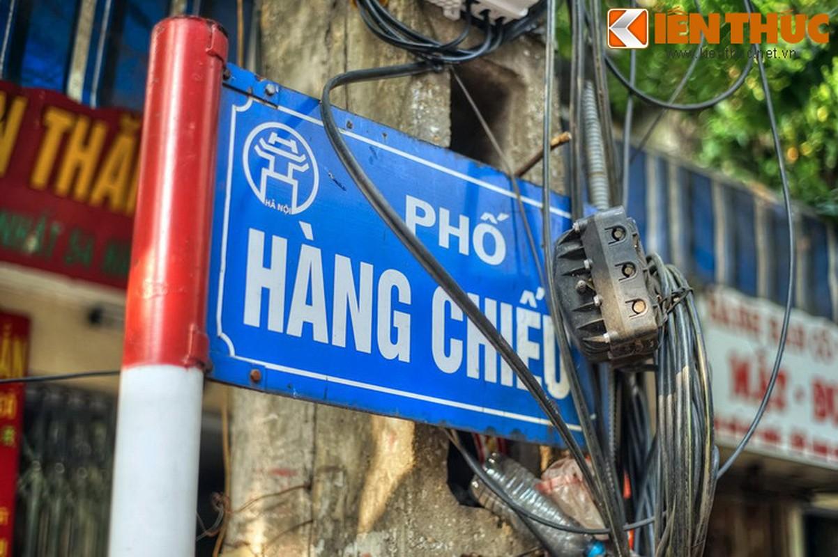Pho nao o Ha Noi xua chuyen ban sung ong dan duoc?-Hinh-2