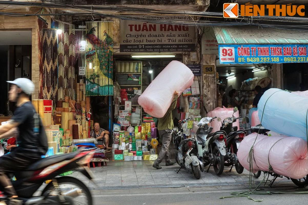 Pho nao o Ha Noi xua chuyen ban sung ong dan duoc?-Hinh-20