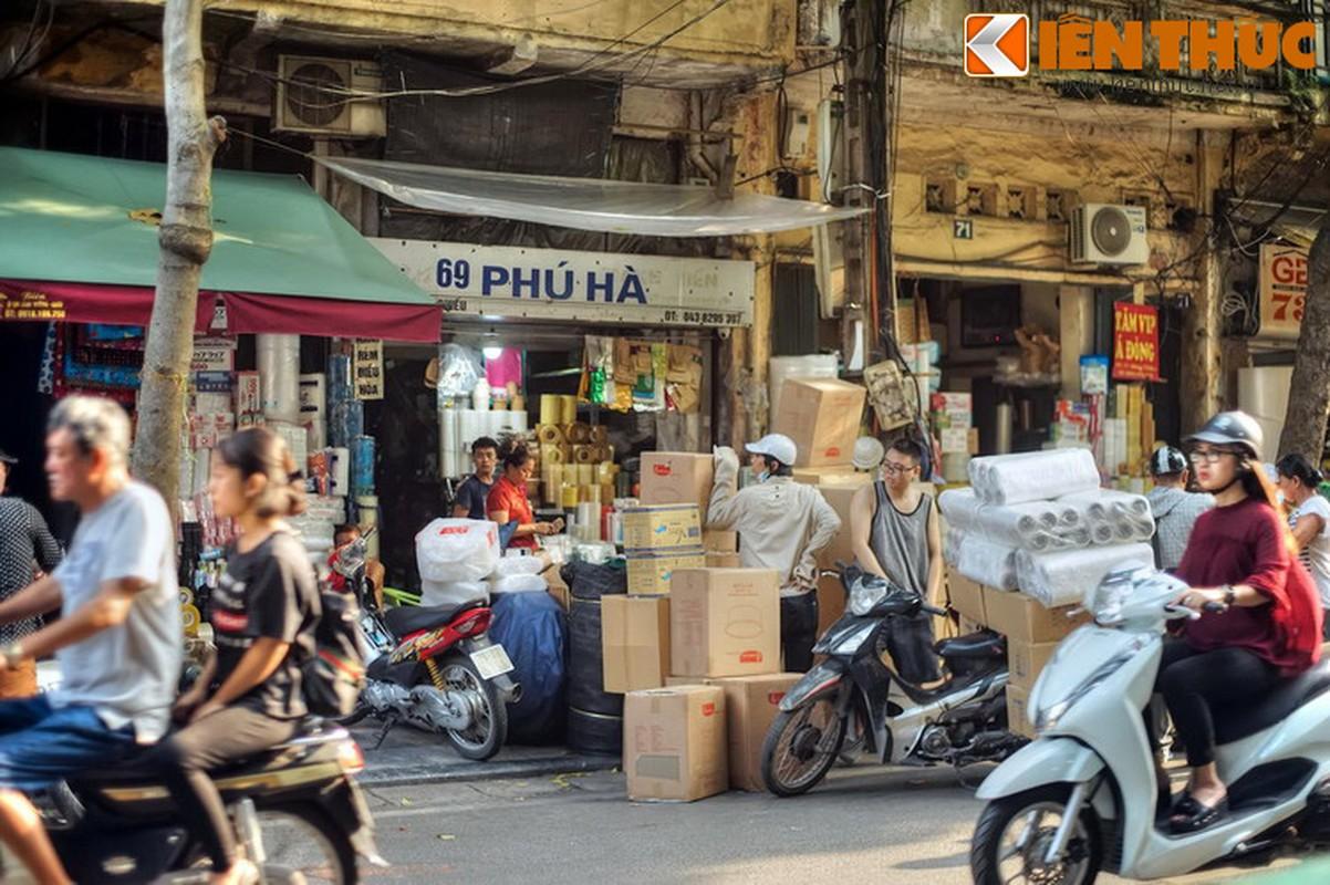Pho nao o Ha Noi xua chuyen ban sung ong dan duoc?-Hinh-22