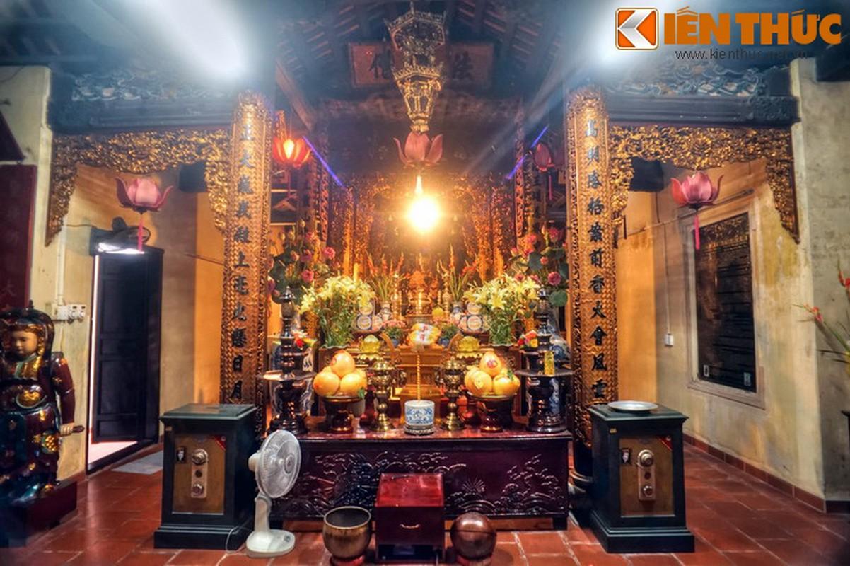 Kham pha ngoi chua huyen bi linh thieng nhat pho co HN ngay Tet-Hinh-3