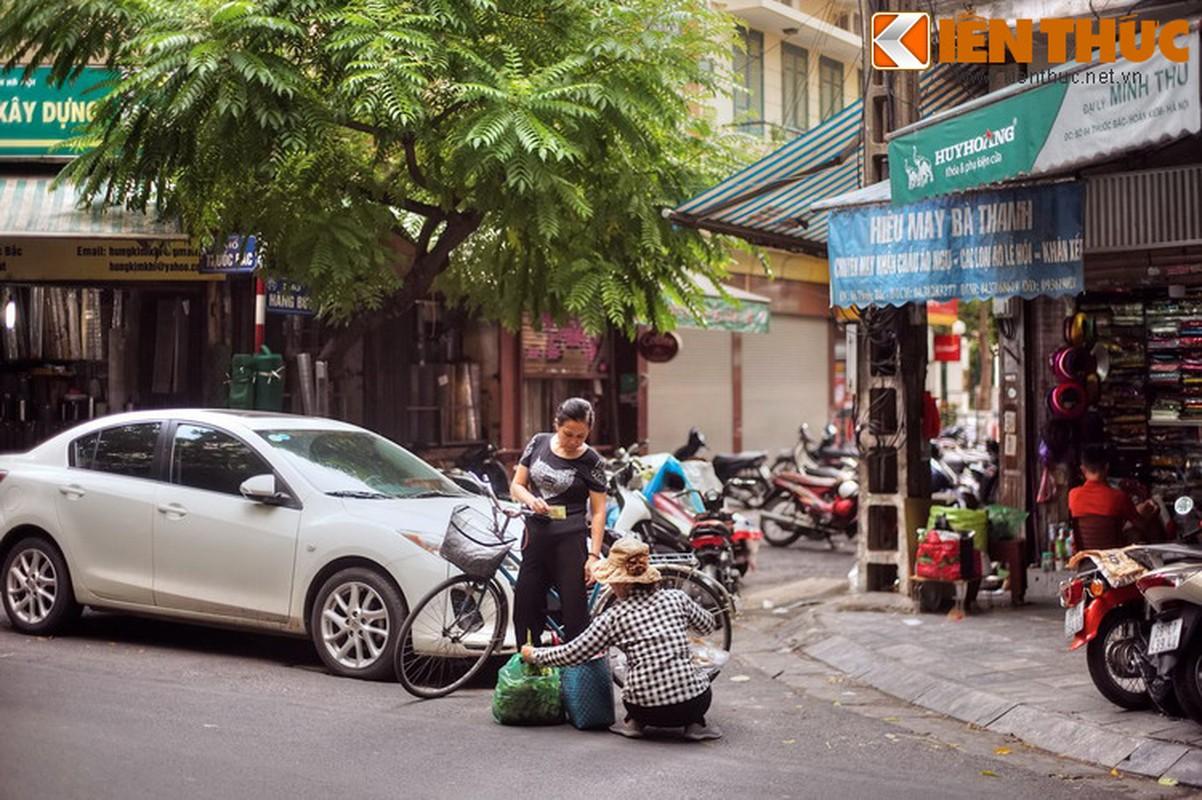 "Tiet lo ""soc"" ve con pho ngheo kho nhat Ha Noi xua-Hinh-4"