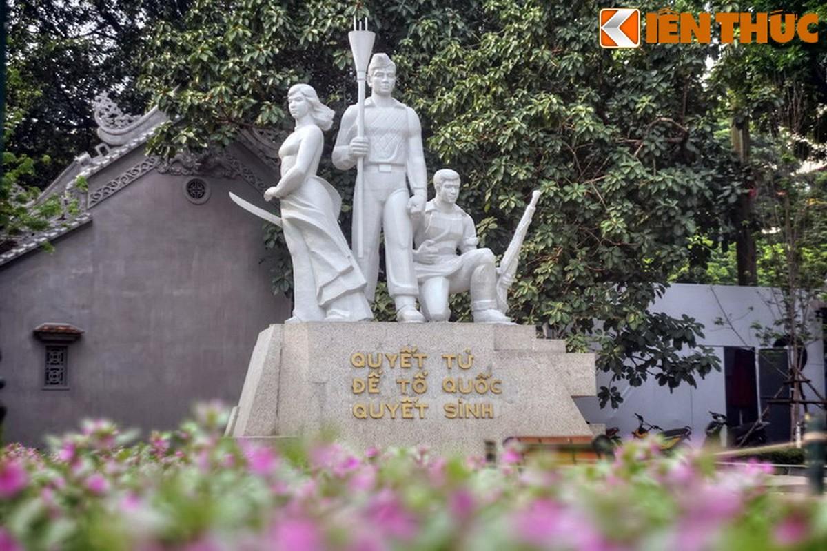 """Loat tuong dai phai ghe tham o """"trai tim"""" thu do Ha Noi-Hinh-9"""