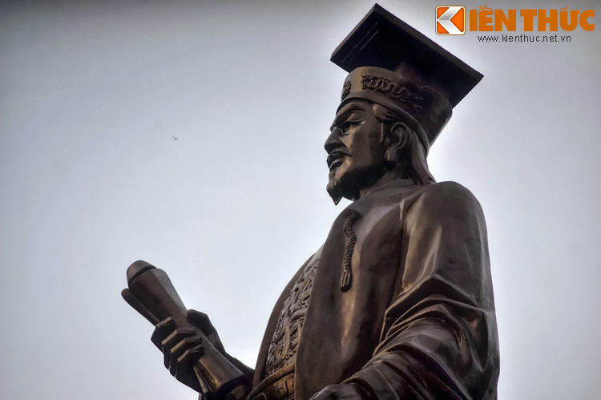 """Loat tuong dai phai ghe tham o """"trai tim"""" thu do Ha Noi-Hinh-4"""
