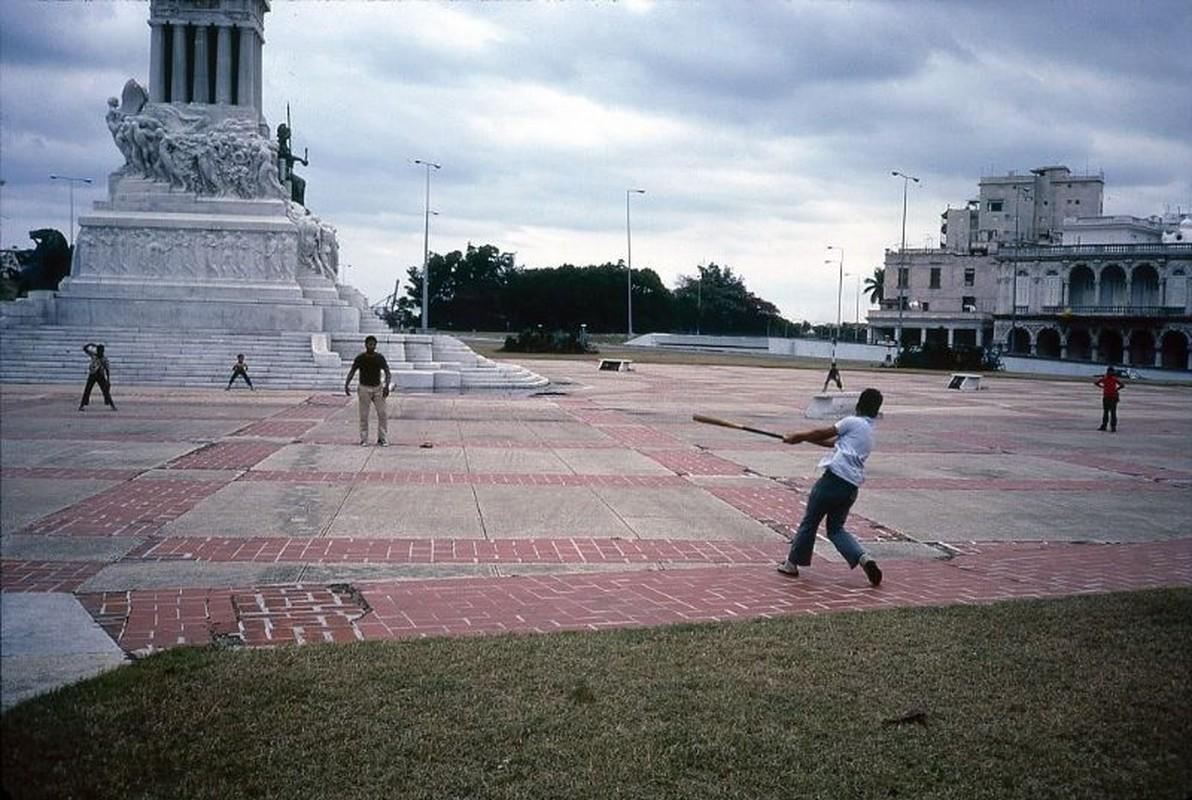 Lang ngam cuoc song thanh binh o Cuba nam 1983-Hinh-19