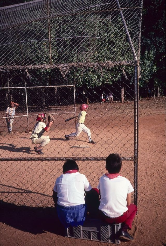 Lang ngam cuoc song thanh binh o Cuba nam 1983-Hinh-20