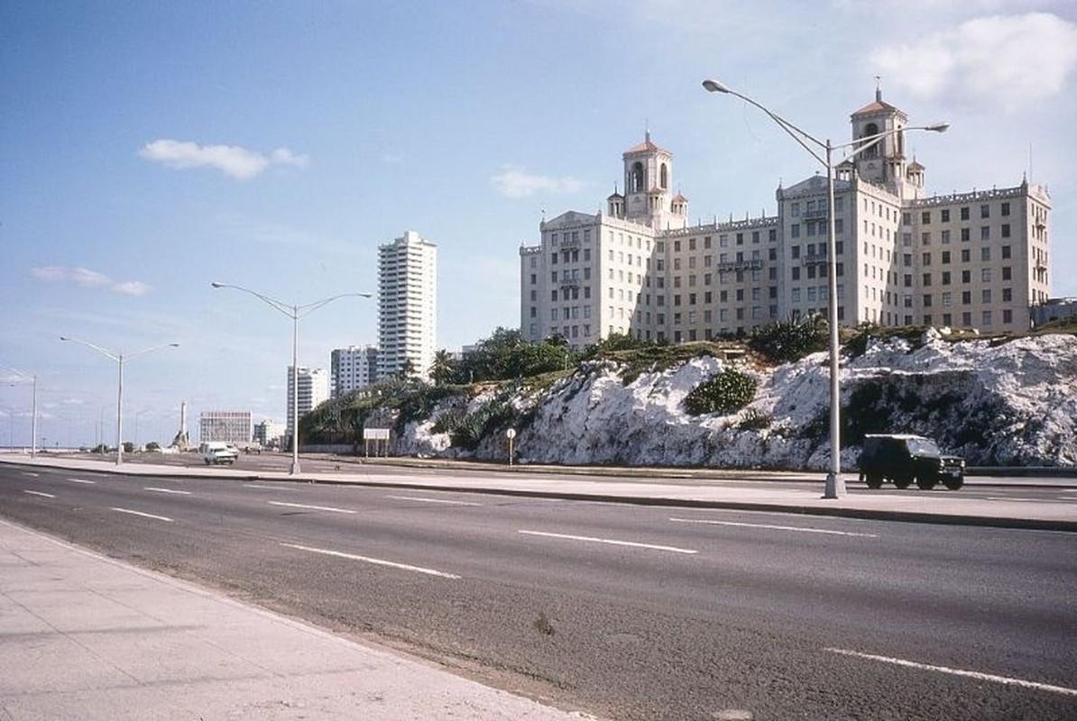 Lang ngam cuoc song thanh binh o Cuba nam 1983-Hinh-4