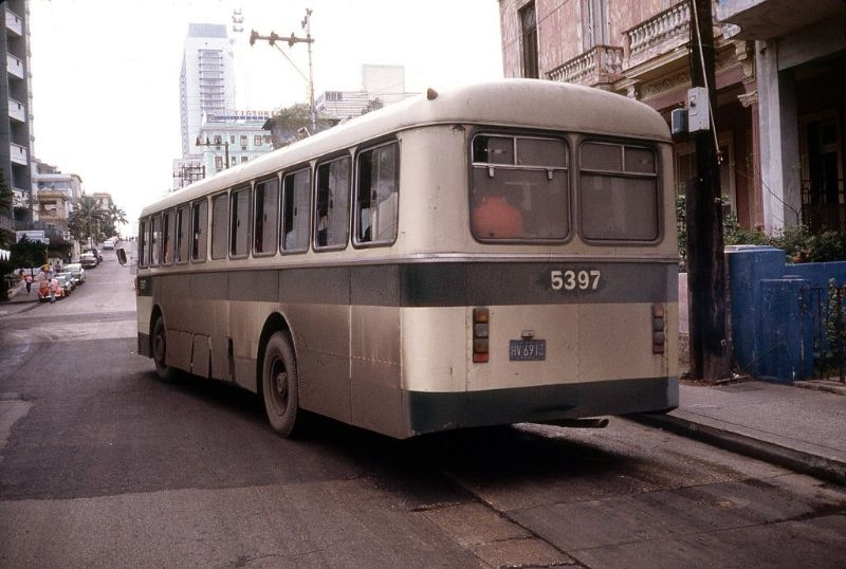 Lang ngam cuoc song thanh binh o Cuba nam 1983-Hinh-6