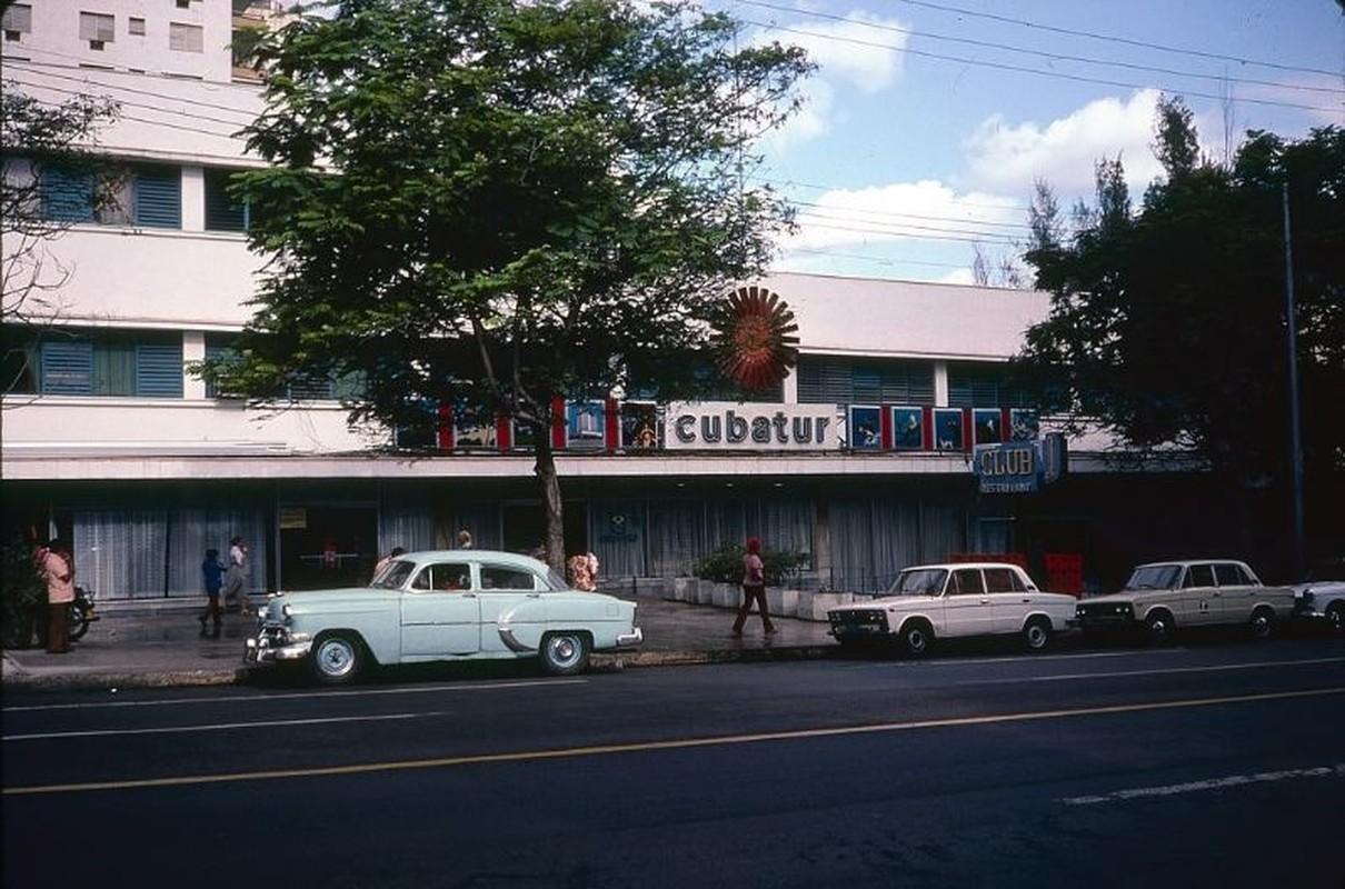 Lang ngam cuoc song thanh binh o Cuba nam 1983