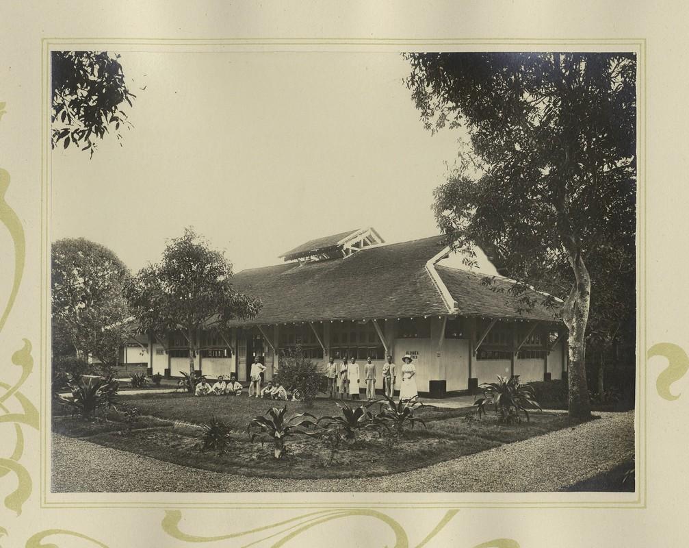 Tuyet dep kien truc Cho Lon 1909 trong album anh cua F. Drouhet-Hinh-8