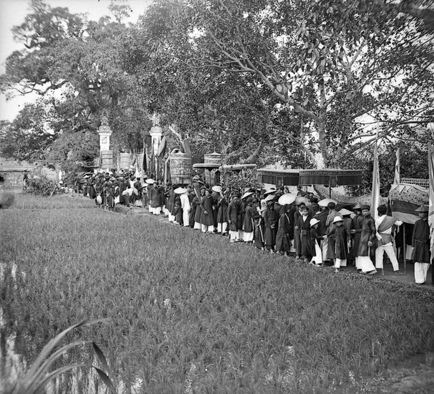 Hinh doc ve le hoi den Voi Phuc nam 1928
