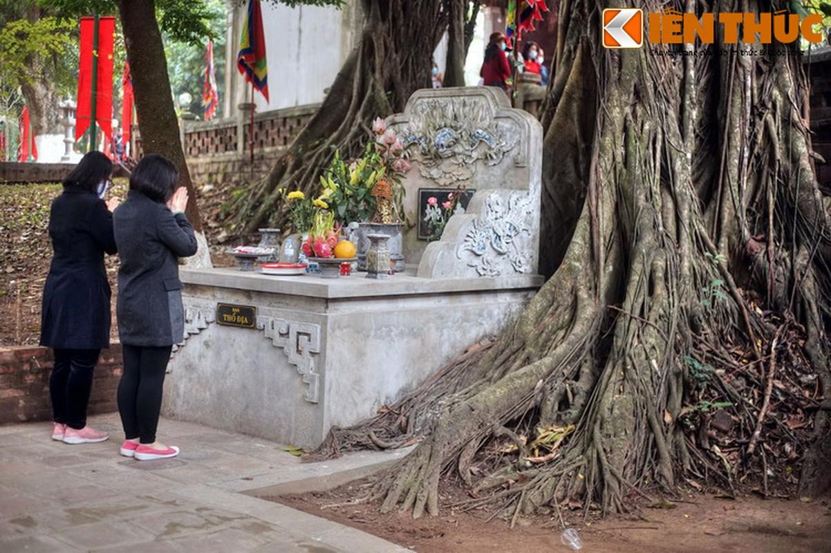 Ve dep huyen ao ngoi den tran giu phia Tay Ha Noi-Hinh-11